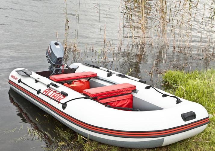 лодка мотоная